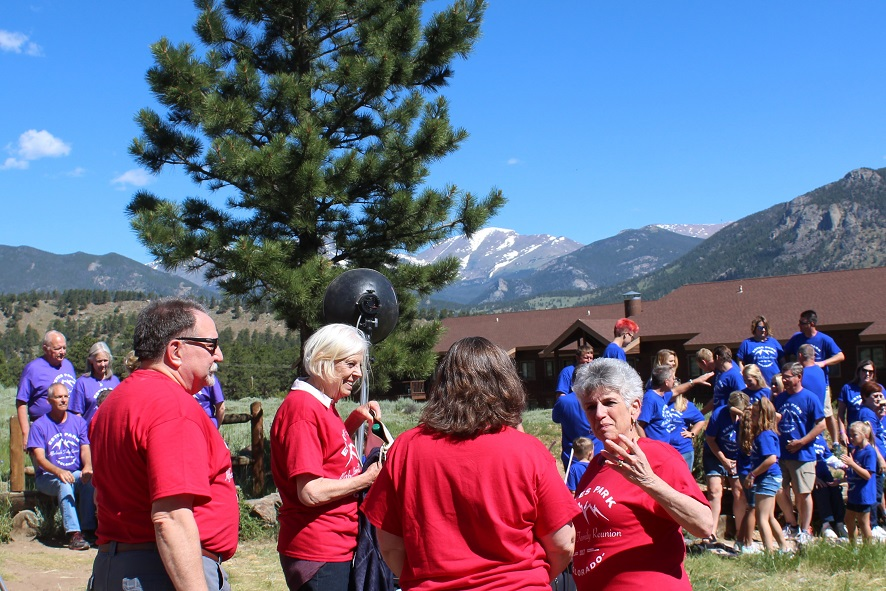 Family gathers for photos at YMCA of Rockies Estes Park