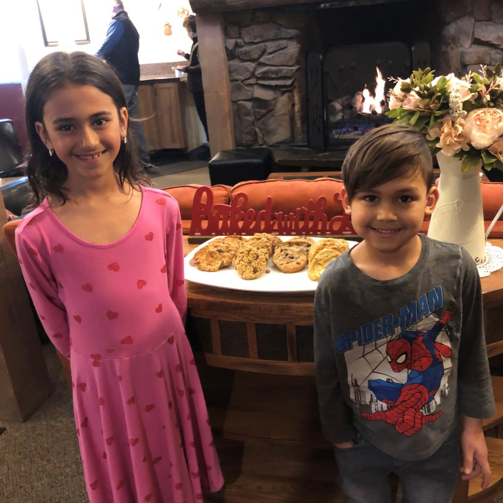 Nevaeh and Asher Carballo and cookies in Cristiana Guesthause in Crested Butte