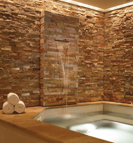 Whirlpool at the Four Seasons Resort Spa in Vali