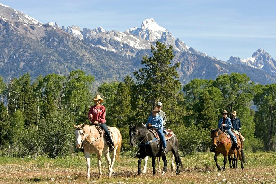 R Lazy S Trail Ride Family
