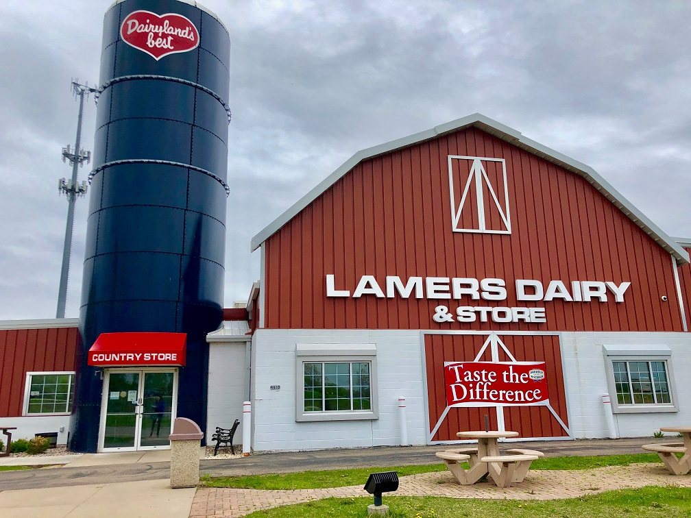 Lamers is one of few places left in the country that believes in good old fashioned service