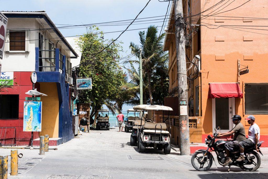 San Pedro street scene