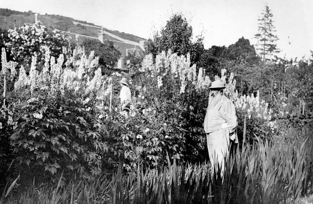 Claude Monet at Giverny, 1908 (b/w photo)