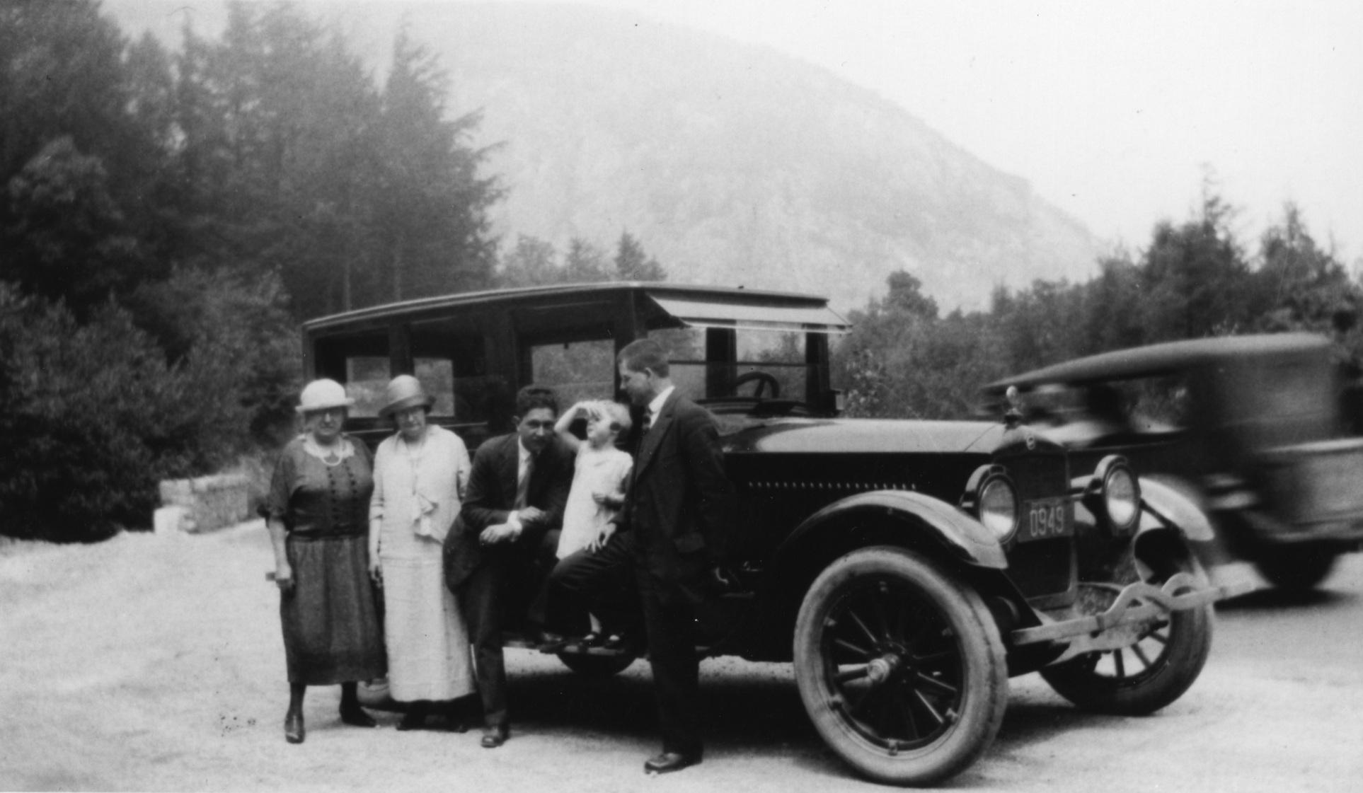 1925  First Tauck tour