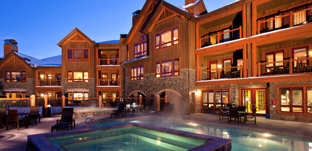 Dining in the mountains — eating out or in on family ski vacation?