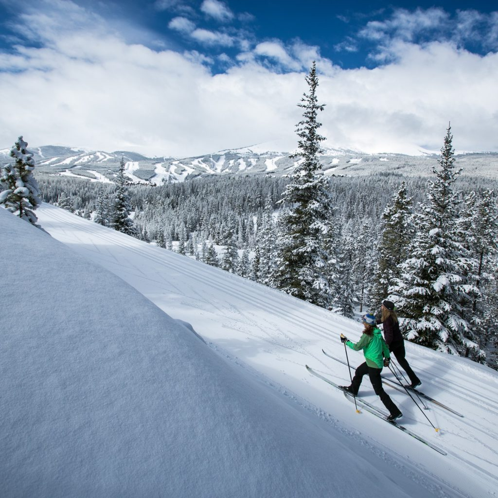 Cross-country skiing in Breckenridge CO