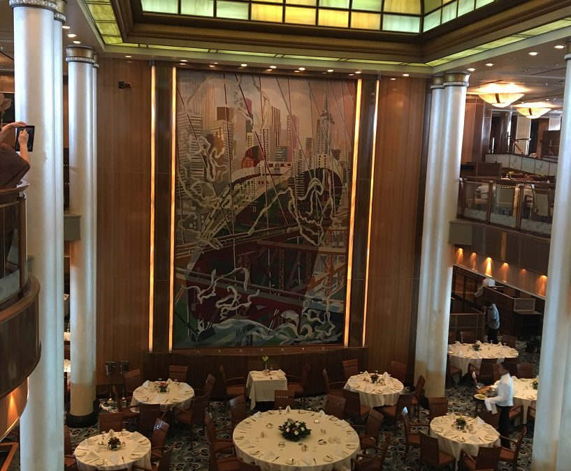 Gourmet food, formal dining on Queen Mary 2