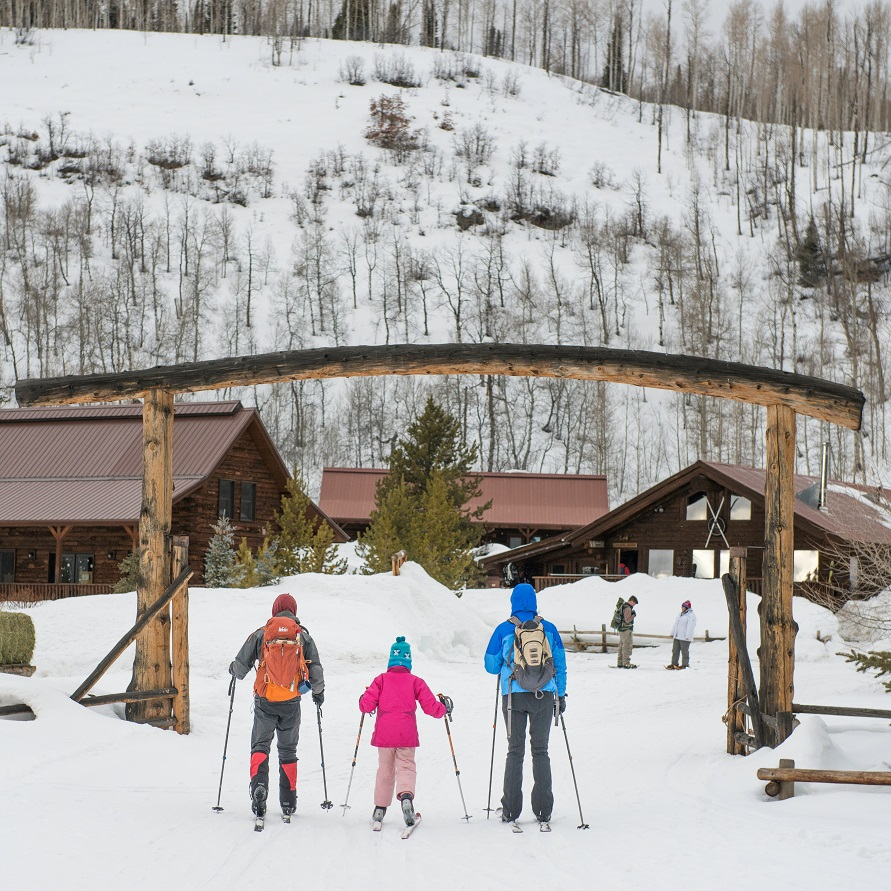 Cross-country skiing at Vista Verde Ranch in Northern Colorado
