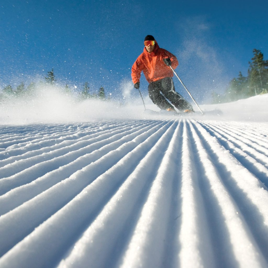 Downhill skiing in Maine