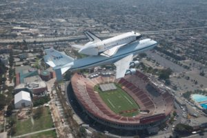 Endeavour flies over her new home at the California Science Center on Sept 21 2012