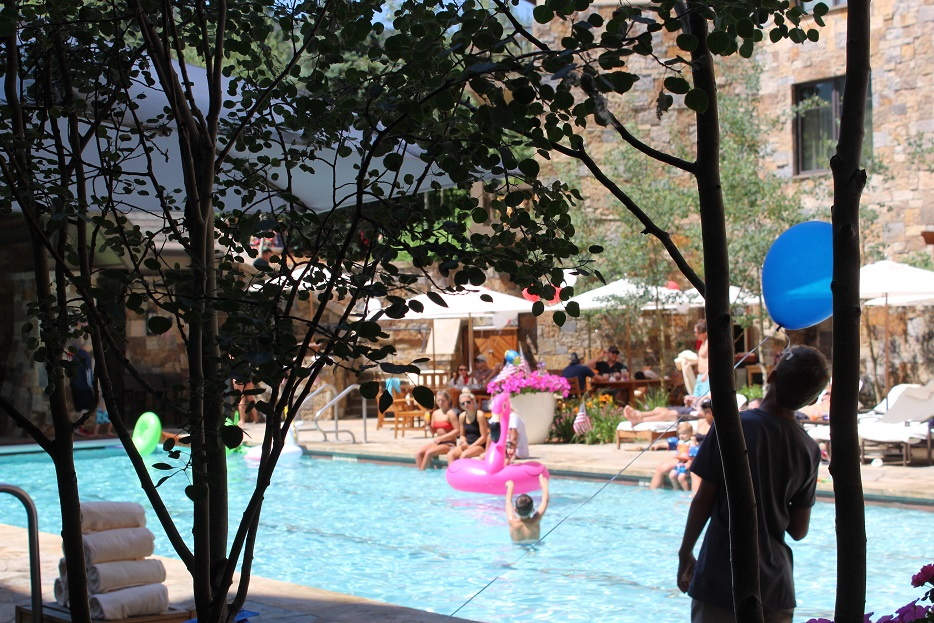 """Families love the Four Seasons in Vail Co. for """"glamping"""" and more"""