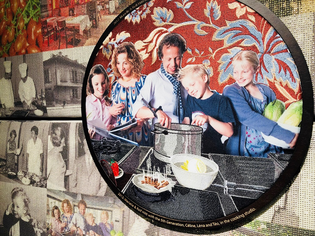 Mural of the Hiltl family cooking