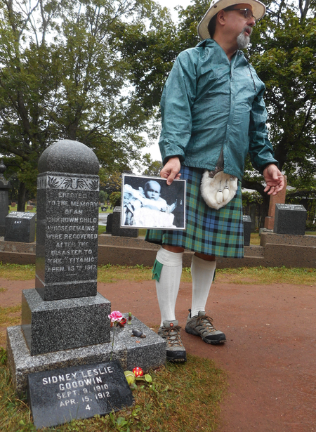 Guide David Cunningham explains story of unknown child from Titanic buried in Halifax cemetery