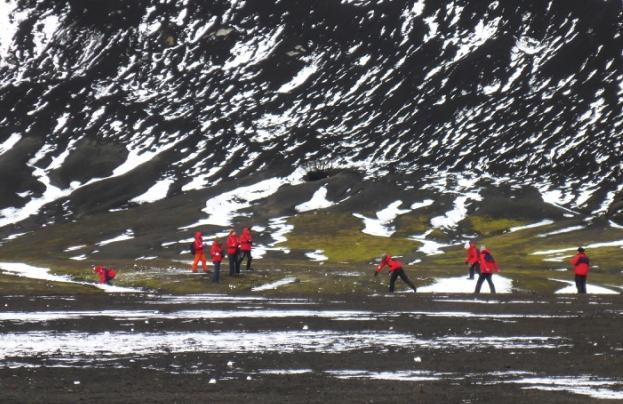 Memories for a lifetime: kids in Antarctica