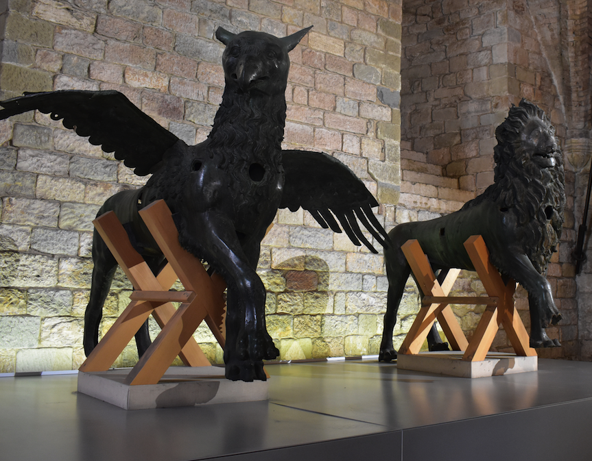 The mythical Griffin and Lion, symbols of Perugia