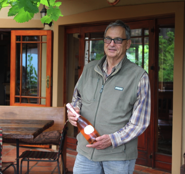 Johan Asbroek explains the method champagne process he uses for sparking wines at My Wyn