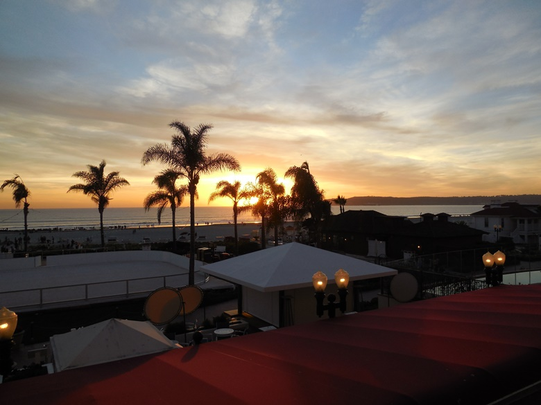 A Sunday brunch to die for at the famed Hotel del Coronado in San Diego