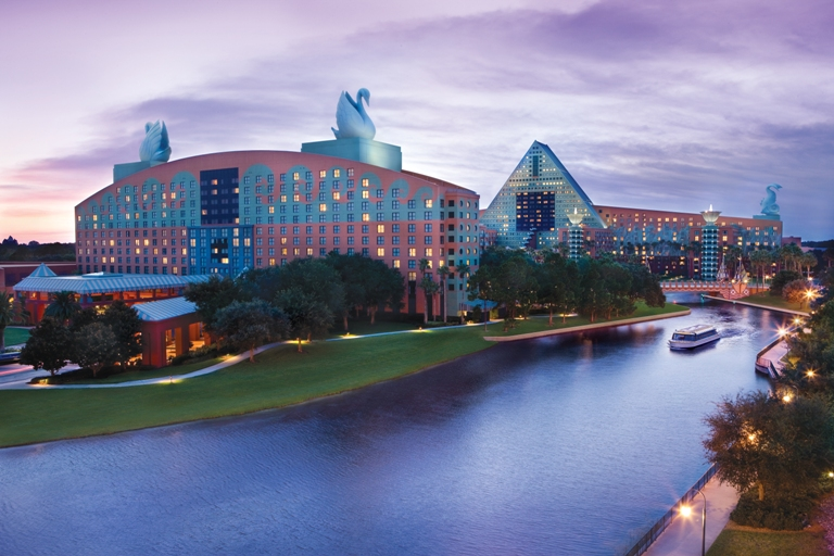 Orlando hotels work to give parents of parkgoers a break