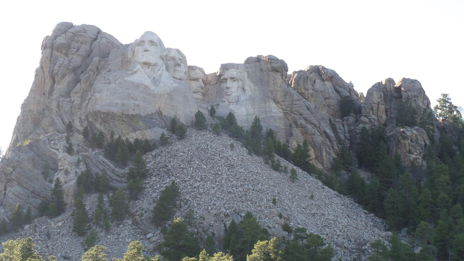 Under Canvas offers the best panoramic views near Mount Rushmore