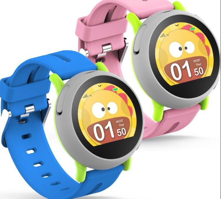 New children's smartwatch by Coolpad helps parents stay connected to kids while on the go.