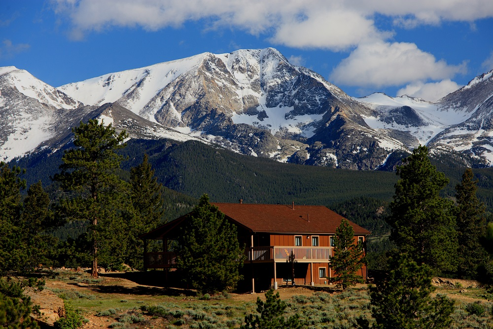 Family fun central in winter at YMCA of the Rockies, Estes Park CO