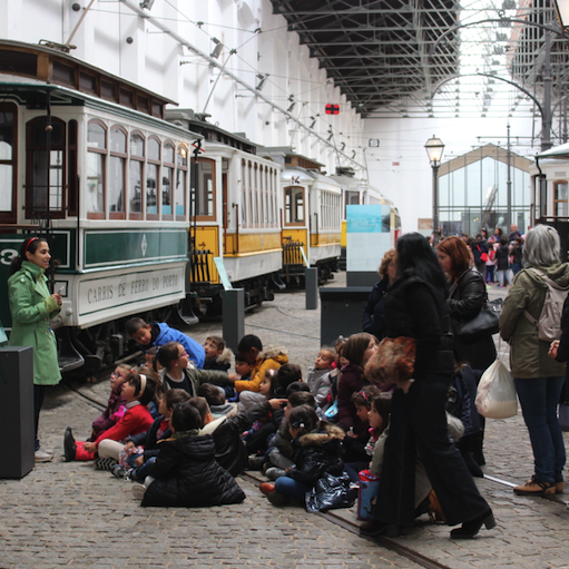 School field trip to the Electric Trolley Museum in Porto