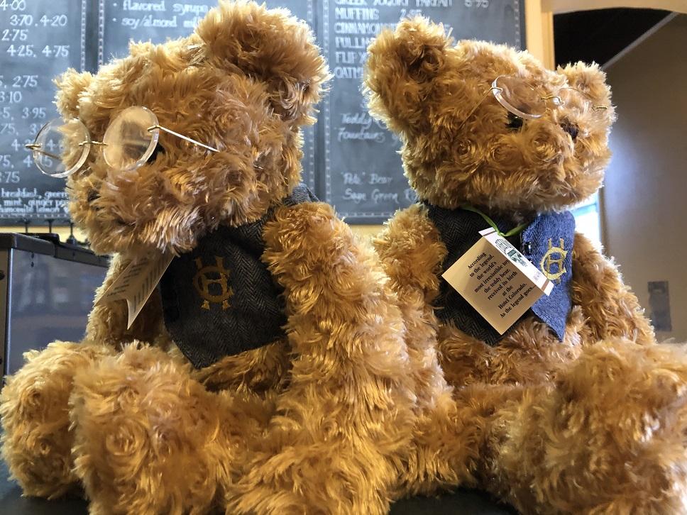 Teddy bears at Hotel Colorado