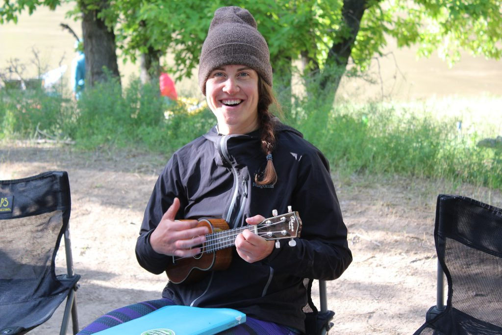 Ukelele Lady Lindsay Merseveau entertains us for breakfast on the last day of the raft trip