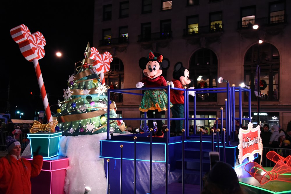 Enjoy A Disney World Orlando Christmas