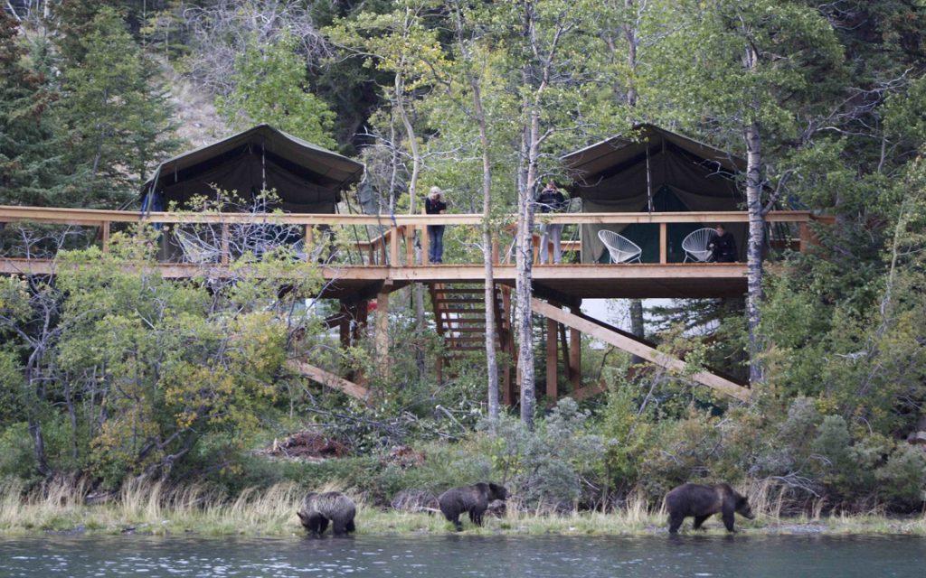 OARS' Bear Camp in Canada
